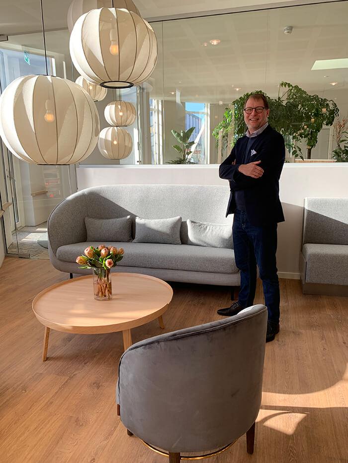 Direktør Tom Pelle Jensen på det nyrenoverrede Hotel Svendborg 2020
